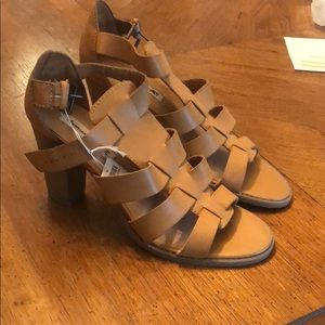 BRAND NEW American eagle heels.